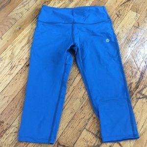 Lululemon teal blue crop pants